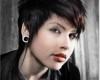 gambar potongan rambut emo