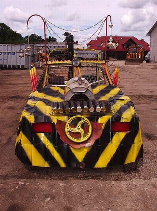 gambar mobil modifikasi unik