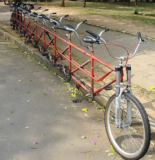 gambar sepeda untuk banyak orang yang unik