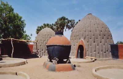 gambar rumah dari tanah