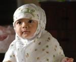 gambar bayi berkerudung