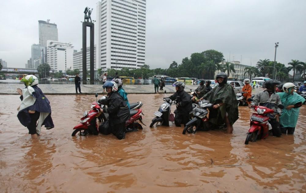 Koleksi Gambar Banjir Di Jakarta Indonesia Terbaru Hari