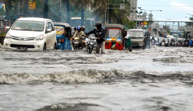 Koleksi Gambar Banjir Di Jakarta Indonesia Terbaru Hari ...