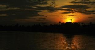 gambar pemandangan alam indah waktu subuh