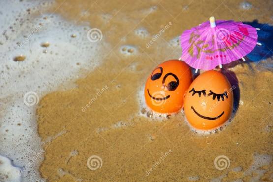 ekspresi telur di tepi pantai 2