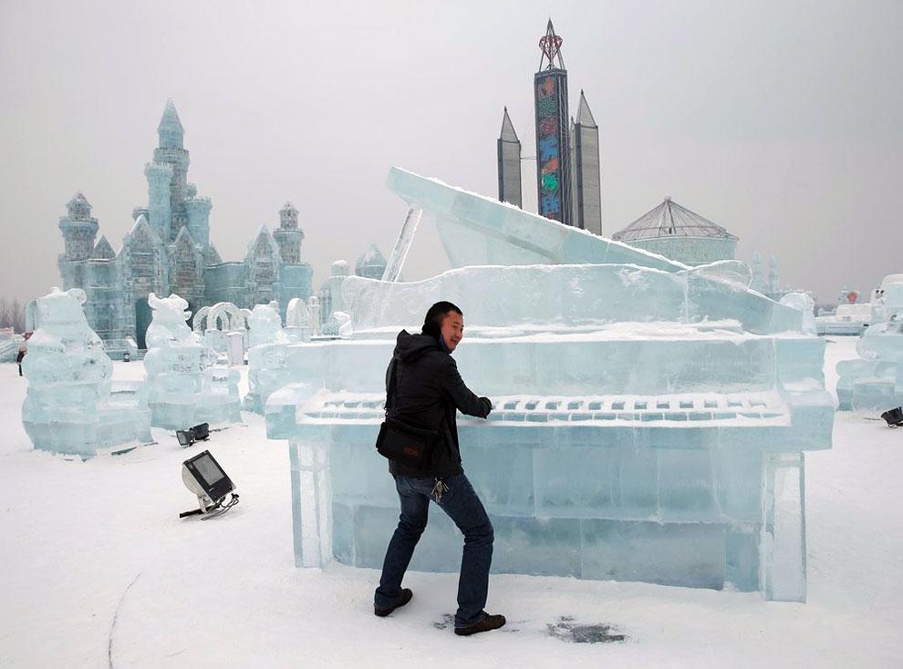 Kerennya Berbagai Kreasi dari Es di Harbin International Ice and Snow Festival