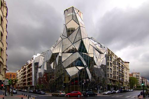 Keren, Bangunan-Bangunan dari Kaca Paling Menakjubkan!