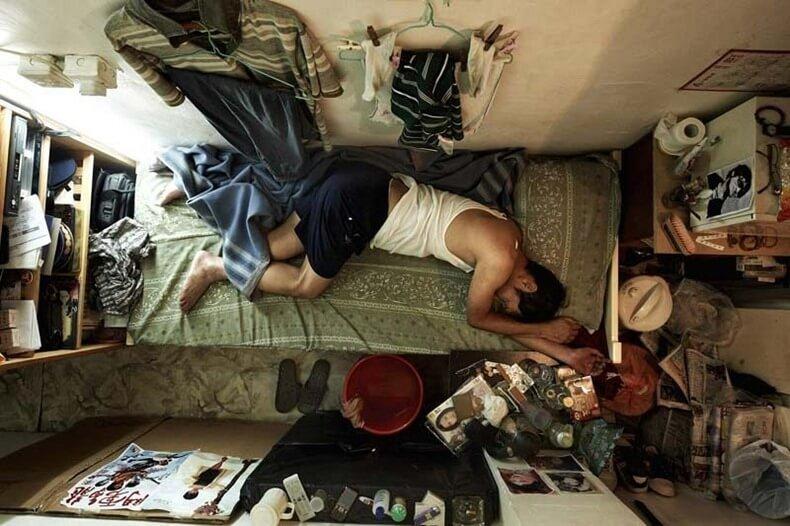 Foto Kamar-Kamar Apartemen Sempit di Hongkong Ini Bakal Buat Kamu Menahan Nafas!