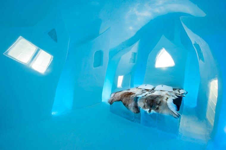 Hotel Serba Es, Sensasi Menginap yang Super Dingin