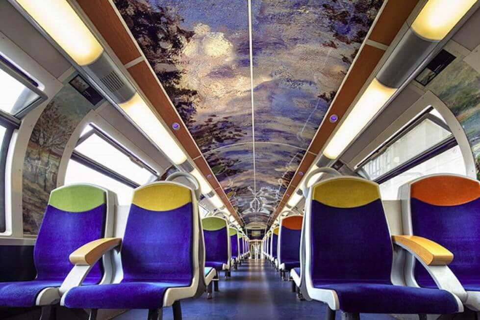 Kerennya, Kereta Ini Disulap Jadi Museum dengan Sentuhan Seni Luar Biasa!