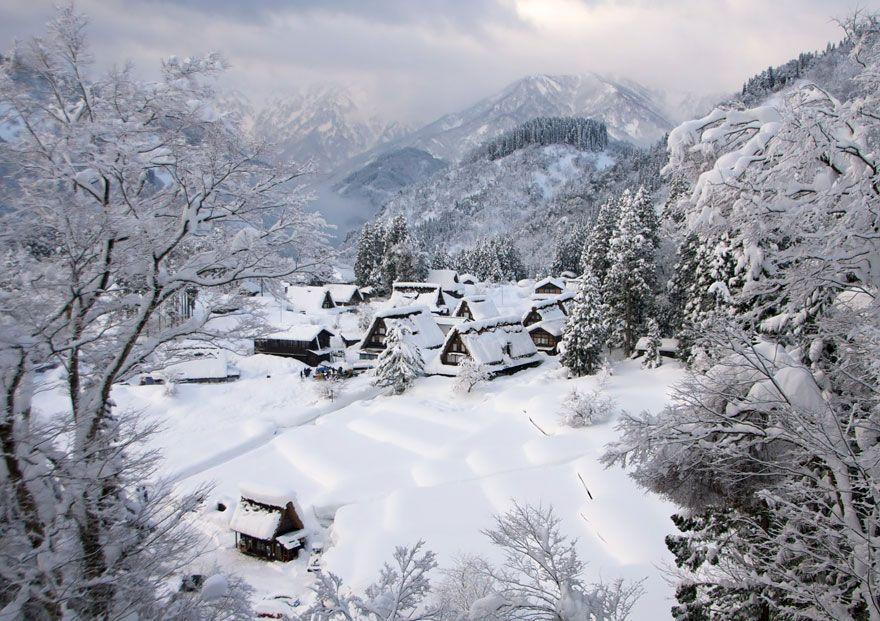 Wah, Ini Dia Desa-Desa 'Negeri Dongeng' yang Betul-Betul Ada di Dunia Nyata