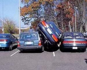 Parkirlah Dengan Benar Sebelum Seperti Ini!