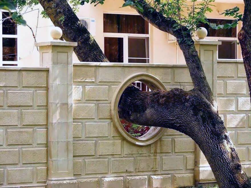 Bangunan-Bangunan Keren Ini Didirikan Tanpa Menebang Pohon Setempat Loh