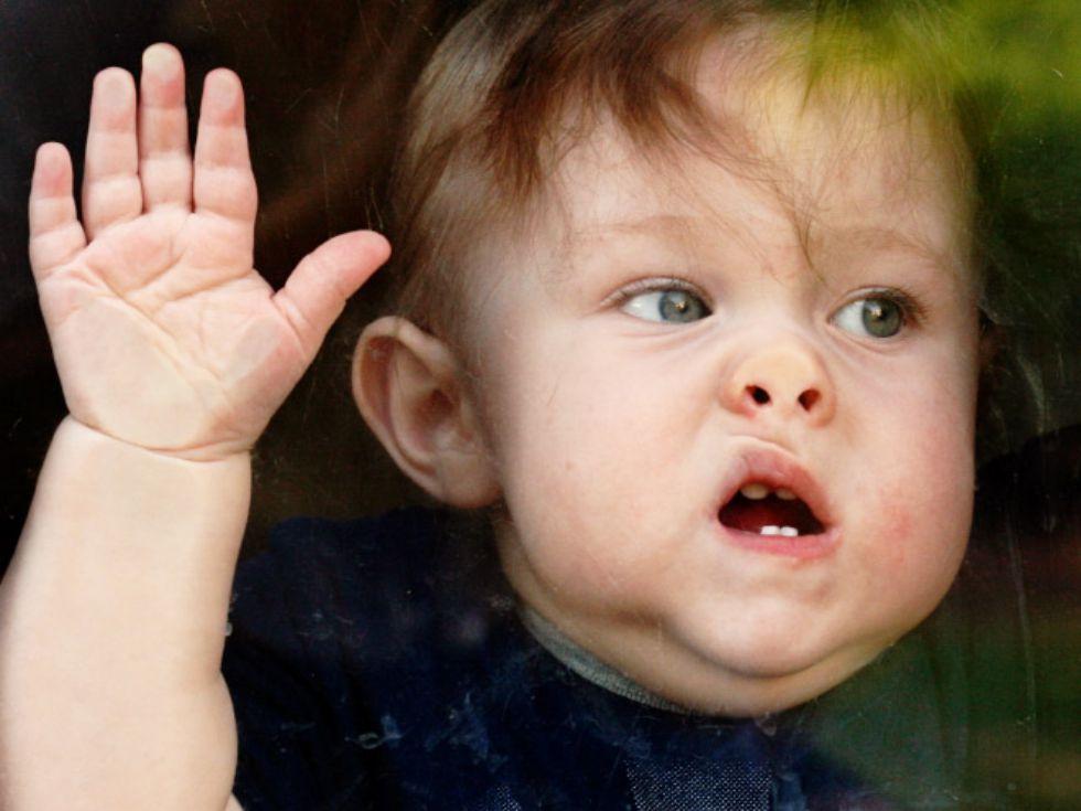 Aksi Kocak Anak-Anak Saat Ketemu Jendela, Dijamin Kamu Bakal Ketawa