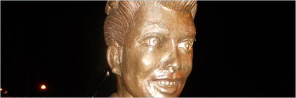 patung orang1